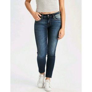 🟢 American Eagle Super Stretch Skinny Jeans 6
